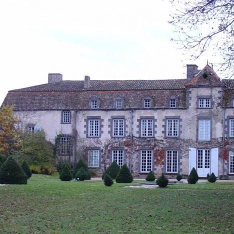 Château à Combronde